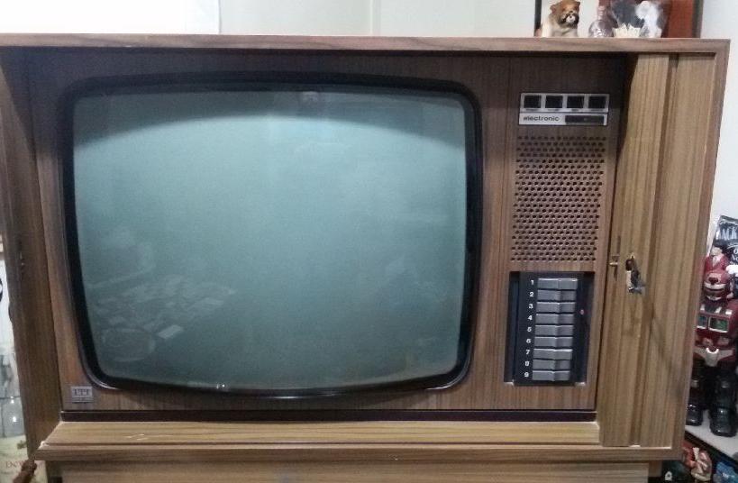 Itt Mobilyalı klasik antika Televizyon