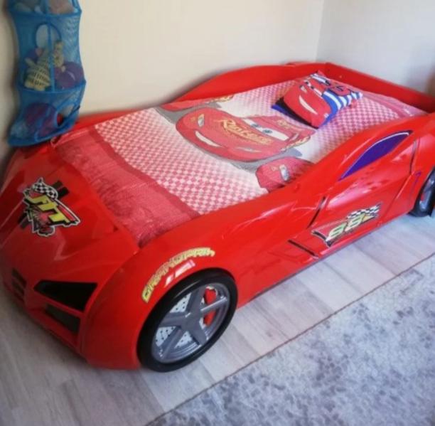 ikinci el arabalı yatak karyola