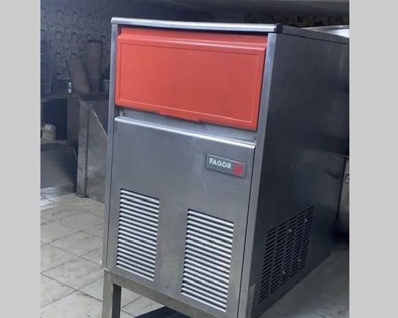 otellerin restoranların vazgeçilmezi: 2.el buz makinesi